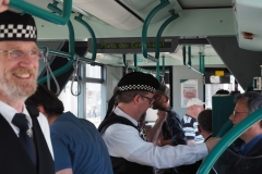 Die Berlin Police Pipe Band natürlich